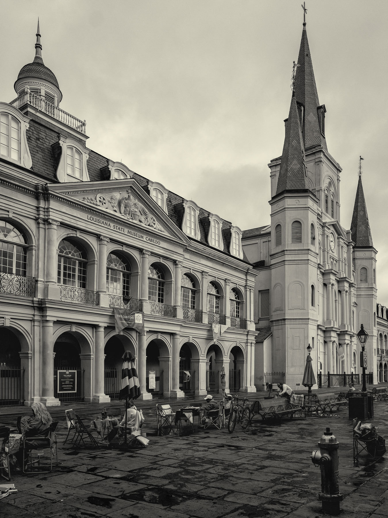 Tod Smith, <i>The Cathedral in the Square</i>, 2019